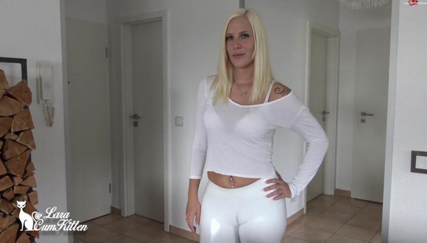 Lara-CumKitten – Bubble Butt Reiten mit der Latex Bitch – Schwester Laras Abspritz Therapie