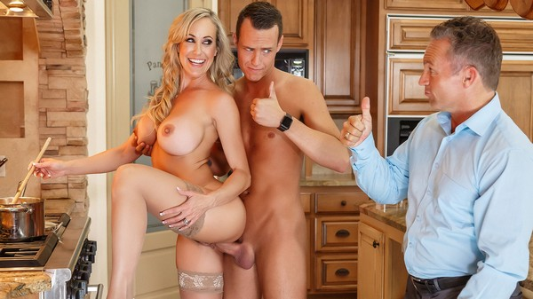 Brandi Love - Mothers Little Helper 24.07.2017