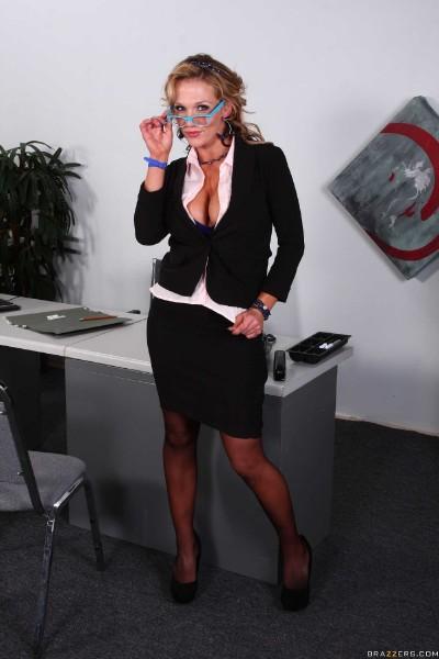 Nikki Sexx - Probe-Ation Therapy 1080p