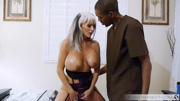 Sall D Angelo - She needs Deep Pussy Massage