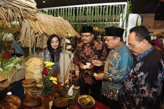 Gus Ipul Ajak Masyarakat Lestarikan Produk Kuliner Jatim
