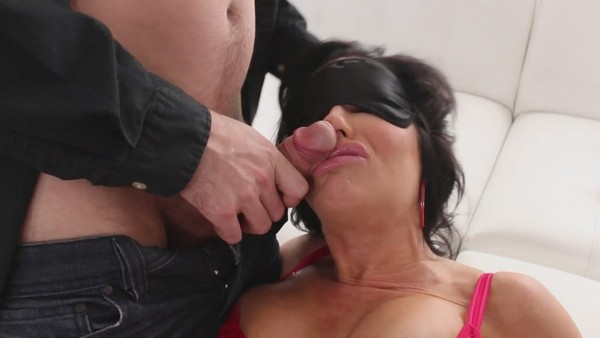 Veronica Avluv -  Veronica Is Voracious SC3