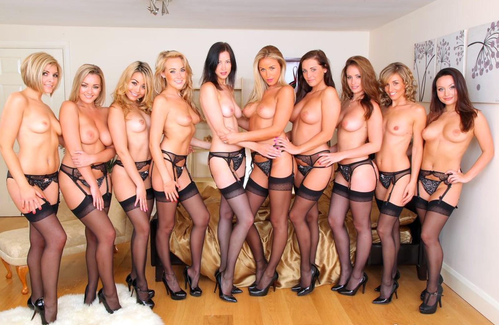 Gruppe Frauen nackt