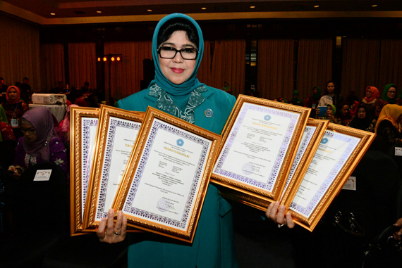 Jatim Borong Penghargaan Lomba PKK Tingkat Nasional