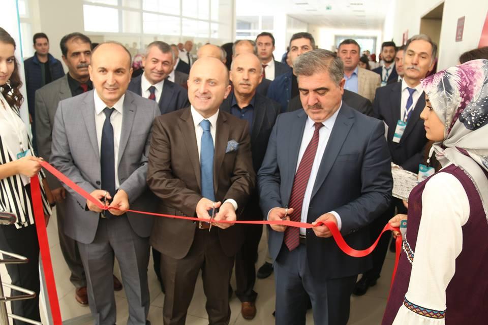 """Belediye Başkanımız Cafer Özdemir, """"Tarih-Dil-Kültür-Edebiyat"""" Sempozyumu'nda"""