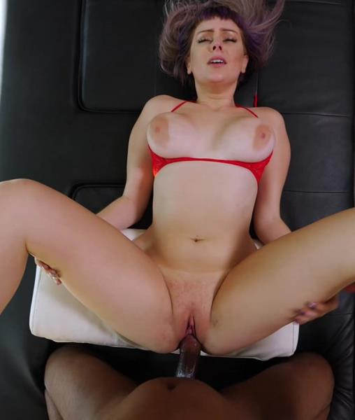 Hailey - Casting Couch (2017/4K)