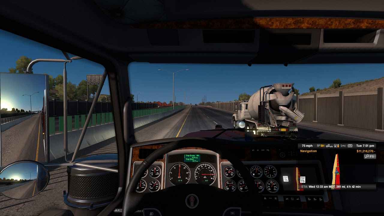 american_truck_simulator_new_mexico-plaza
