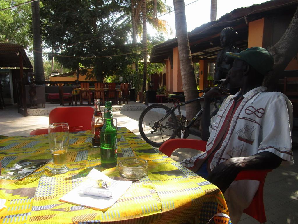 Urlaub Gambia 2017 - Nr. 2 - Seite 8 46c6enus