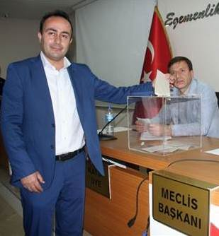 ŞAHİN MECLİS BAŞKANI SEÇİLDİ