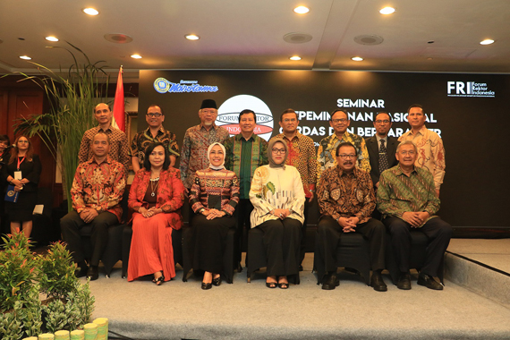 Pakde Karwo Ajak FRI Evaluasi Fungsi Lembaga Pendidikan