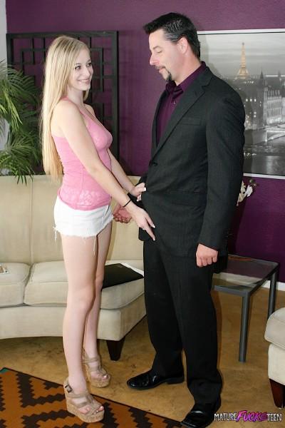Stacie Jaxxx - Hot Young Blonde 1080p
