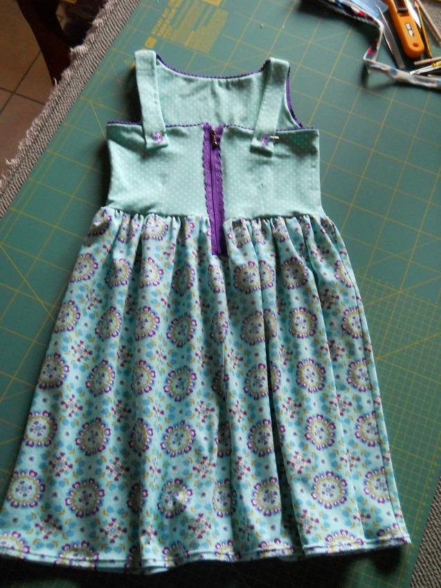 Kleid nahen reissverschluss