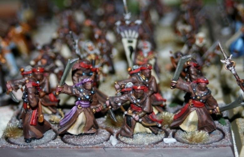 Sauron et ses 10 Armées - L' Armée de L'Immortel Qrfnwhi3